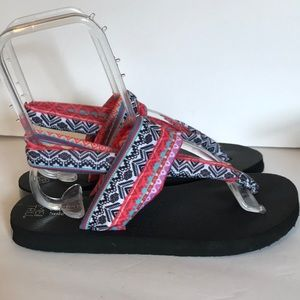 5e39485e7d822d Time and Tru Shoes - Time And Tru Yoga Sling Thong Sandals 7 8 Med